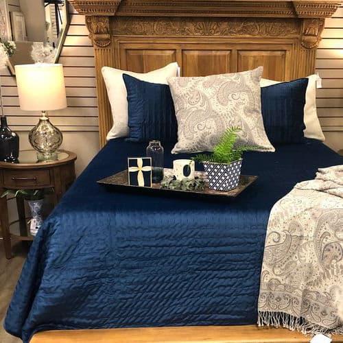 Casabella Bedroom Furniture & Decor